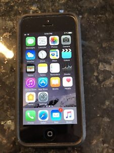 IPhone 5C ** 8 Gb ** Rogers