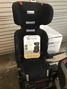 Car seat booster Tallebudgera Gold Coast South Preview