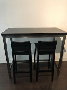 Bar Height Table with 4 Chairs