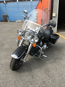 Harley Davidson Road king 2015 flh