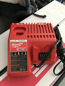 Milwaukee M18&M12 charger