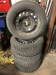 HONDA CIVIC WINTER NOKIAN 215/55/16 TIRES WITH RIMS
