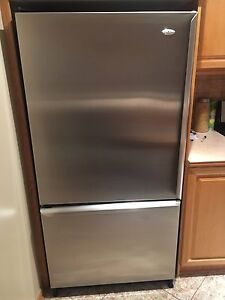 Stainless steel Armana fridge and Samsung stove