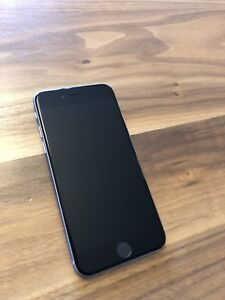 iPhone 6 - 32 GB - Négociable - Comme neuf / Looks brand new