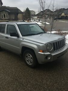 2008 Jeep Patriot with remote starter!