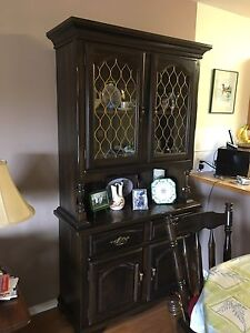 Moving Must Sell - Solid Oak Diningroom Suite w/ China Cabinet