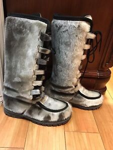 Seal skin boots size 9