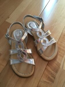 Brand new, never used toddler size 8 sandals