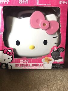 Hello kitty cupcake maker new in box