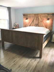 King Size Barn Board Bed *Authentic*