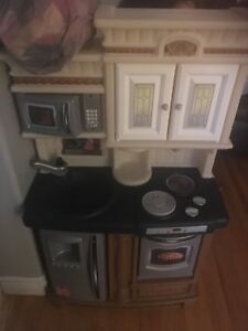 Step 2 lifestyle kitchen