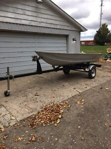 1999  12' Lowe boat and trailer