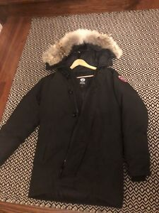 Canada goose jacket men's parka size large