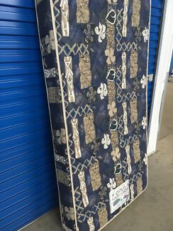 KING SINGLE BED MATTRESS (Delivery Available)