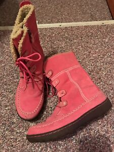 Timberland suede waterproof boots.Size 7.