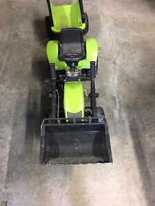 Pedal tractor with trailer & shovel