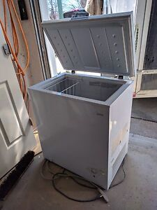 Deep Freezer - Apartment Size