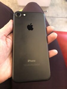 Iphone 7 (6 mts old) 128g Matte Black $600 CAN UNLOCK IF NEEDED