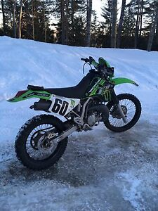 2005 KDX 220r Enduro bike
