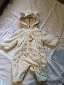 Baby snow suit 6-9month