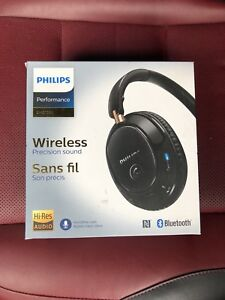 Philips Wireless Headphone Over Ear