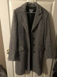 Ladies overcoat - size 10