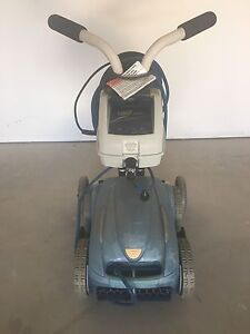 Zodiac 4wd Electric pool cleaner Dubbo Dubbo Area Preview