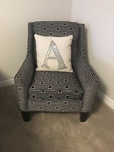 MOVING- Brand New Accent Chair - Can Deliver
