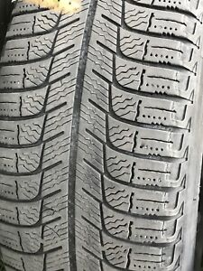 195 /65 R 15.    Michelin  X-ICE.   With rims