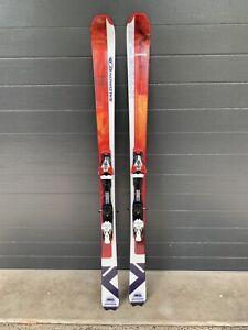 Salomon Snow skis