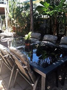Outdoor table and chairs Aitkenvale Townsville City Preview