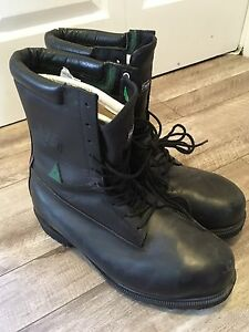 Royer insulated lineman safety boots, retail over $500