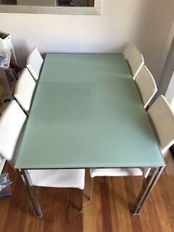 7 piece indoor dining setting
