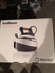 IronMaven J490A steam iron . Like new