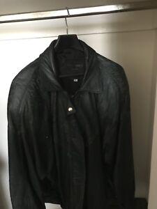Fall/Winter Jacket: Size L Dark Green