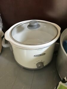 Crock pot and cookware