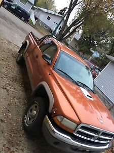 2000 dodge dakota 4x4