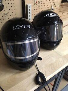 2 casques de motoneige