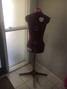 Singer 150 - Adjustable Dress Makers Mannequin Upper Coomera Gold Coast North Preview