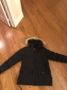 WOMANS XXL CANADA GOOSE