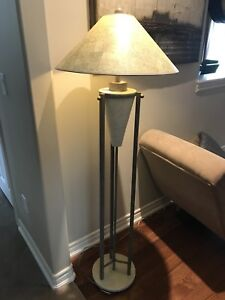 2 table Lamps and 1 Free standing lamps