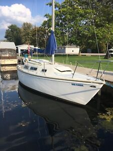 Catalina 25' sailboat For sale
