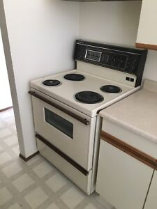 Fridge Stove Washer dryer built in dishwasher