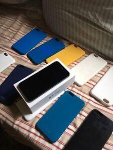 iPhone 6 mint condition with 10 cases Morphett Vale Morphett Vale Area Preview