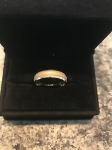 14K gold 6mm Men Wedding Band - size 10.5