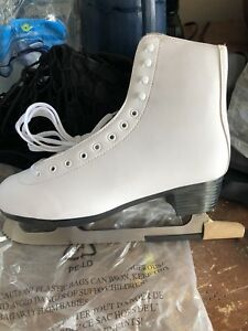 Like-New Women's Figure Skates