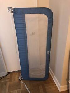 Summer Infant bed rail