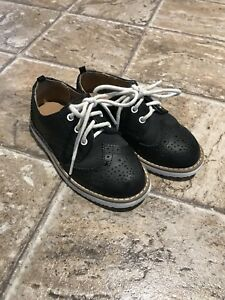 *Like New * Brogue Dress Shoes (H&M) - Size 8