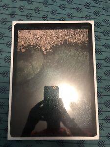 iPad Pro 12.9in 64 GBs