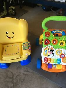 Baby toy seat and push play centre